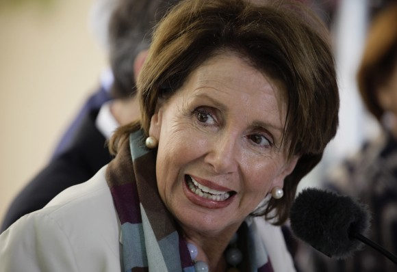 Nancy-Pelosi-en-La-habana-19-feb-2015-580x398