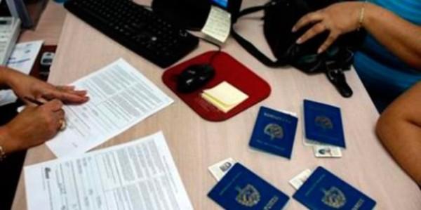 servicios-consulares-cubanos-728x378-685x342
