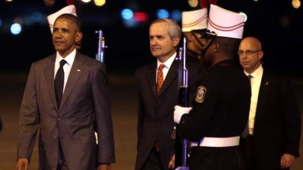 Obama-llega-Panamá-abr-09-15-Foto-La-prensa